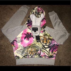 🌟NWT Red Fox Large Long Sleeve Crop Top🌟